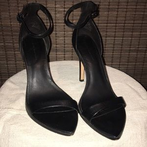 "Zara ""Jane"" style heels size 39"